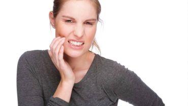 Причины боли после удаления зуба